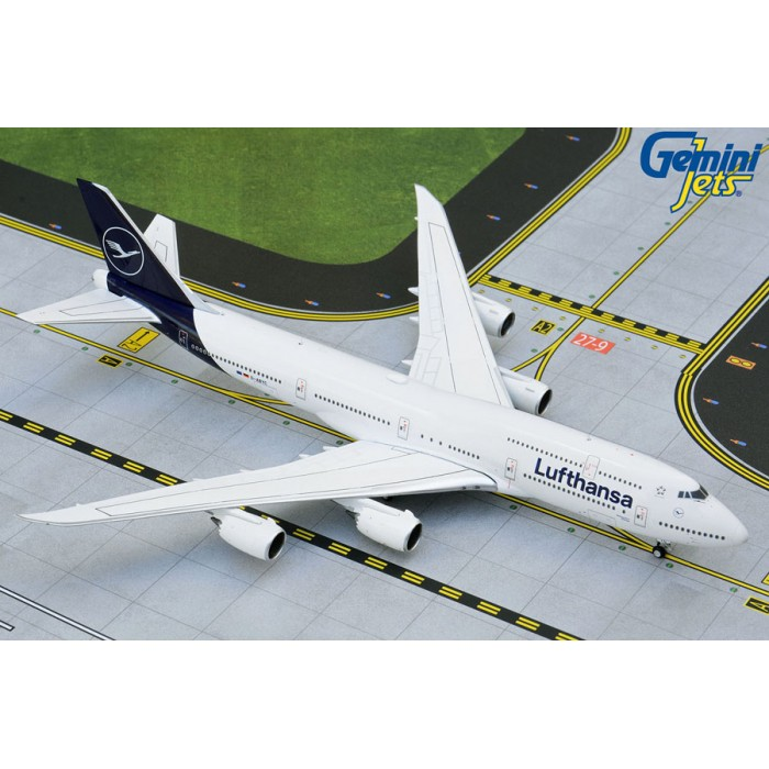 Lufthansa Boeing 747-8i 1:400