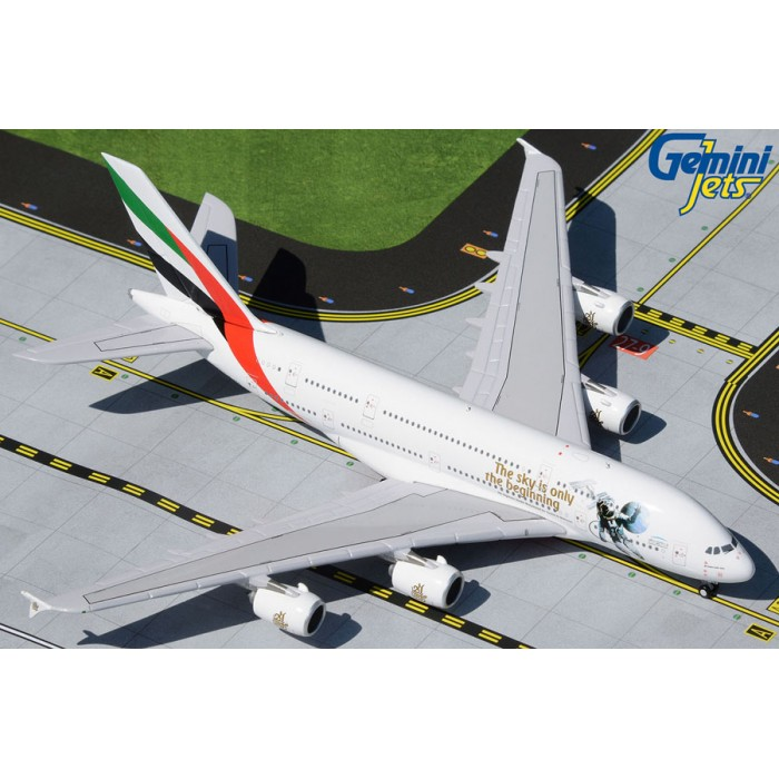 Emirates Airbus A380-800 (UAE in Space livery) 1:400