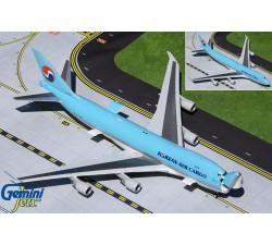Korean Airlines Boeing 747-400ERF 'Interactive Series' 1:200