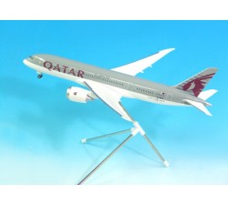 Qatar Airways Boeing B787-8 1:200 - Modelshop