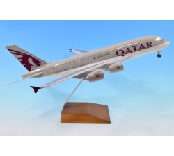 Qatar Airways Airbus A380-800 1:200 - Modelshop