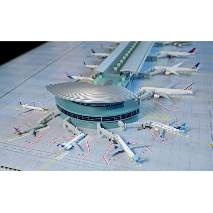 "1:400 Airport Terminal ""Double Rotunda"""