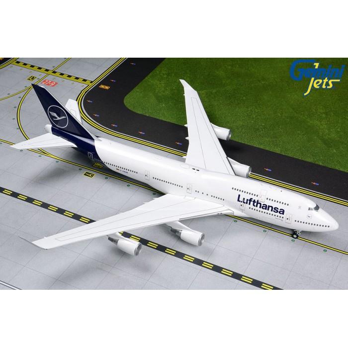 Lufthansa Boeing 747-400 'New Livery' 1:200