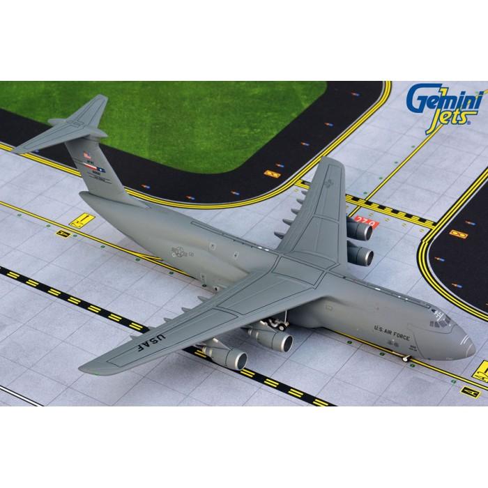 USAF Lockheed C-5M Super Galaxy Lackland AFB 1:400